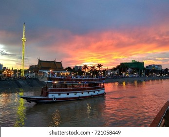 2 SEPT 2017, PHNOM PENH : Majestic Sunset View near Mekong River. Mekong River is one of destination for tourists.
