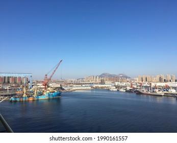 2 View from platform on dalian shipyard before sailing away