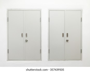 2 White Cupboards