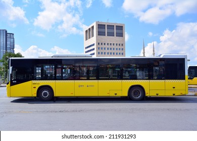 20 August 2014 Istanbul, Turkey: Urban transport in Istanbul, which has an important place in between bus every day, carries approximately 920,000 passengers.