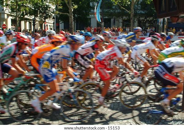 2004 Tour de France on the Champs Elysees
