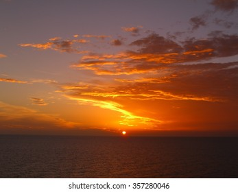 2006-08-04 Caribbean Sunset over the Ocean