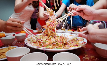 2015 Yee Sang Chinese New Year Dish for Prosperity Toss Celebration also known by Yu Sheng Spring Toss