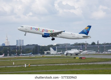 2016-11-11 Warsaw Chopin Airport - AIRCRAFT: Airbus A321-211 AIRLINE: Small Planet Airlines Poland Reg:SP-HAY  - taking off from the Warsaw Chopin Airport Poland
