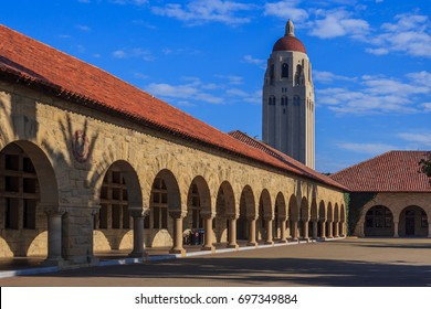 [2016-12-30] Main Quad of Stanford University overlooking Hoover Tower. Palo Alto, California, USA