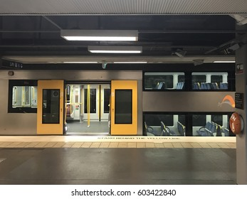 2017 March, 19 : Picture of Sydney train stop at North Sydney station, Sydney Australia