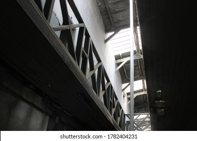2017-02-21 old prison-2 industrial design architecture perspecti