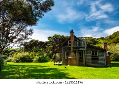 2018, October 4 - New Zealand, Tasman, Able Tasman the great walk Whariwharangi hut.