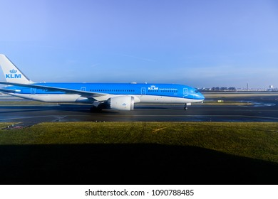 [2018-03-05] KLM PH-BHG aircraft (Boeing 787-9 Dreamliner) taxing at Amsterdam International Airport (AMS), Schiphol, Netherlands