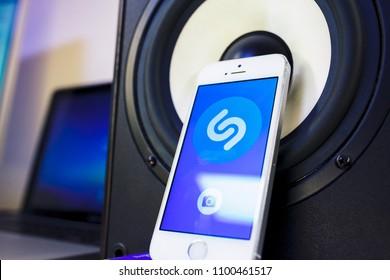 Shazam App Images, Stock Photos & Vectors   Shutterstock