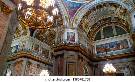 2019;Inside of St Issac's Cathedral in St Petersburg, Russia
