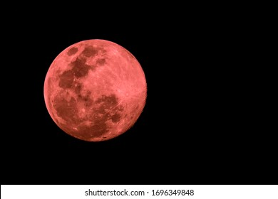 The 2020 biggest supermoon in Thailand