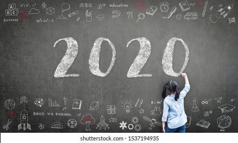 2020 Joyeux calendrier scolaire avec dessin de voeux d'élève sur le tableau noir de l'enseignant pour la célébration éducative, retour à l'école, programme de la salle d'enseignement STEM