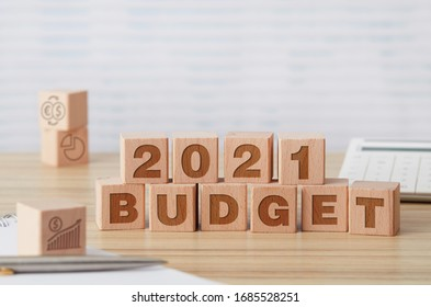 2021 budget wooden cubes on office table