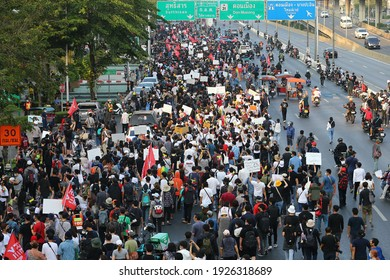 """2021,February,28,Bangkok,Thailand,the pro- democracy group, """"Freeyouth"""", gathered at the Victory Monument and marched to the 1st Infantry Regiment Camp to oust the PM General Prayuth Chan-Ocha"""