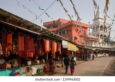 21 Dec 2014 shops selling red saree for goddess Maa Tara Chandi one of the 52 Shakti Peetha. dedicated to Maa Shakti or Maa Durga,at Sasaram, Bihar, India.
