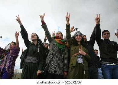 21 March 2015 - TURKEY. Young kurds with Hand Palm Showing Victory Sign, during Newroz festival on Diyarbakir.