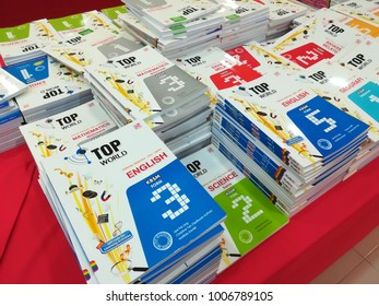 21st January 2018, Kuching Sarawak Malaysia. Popular book store doing sale for back to school promotion. many type of exercise book been sell here.