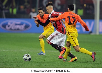 """22 OCTOBER 2013, """"G.Meazza"""" Stadium, Milan, Italy: UEFA Champions League 2013/2014, AC Milan - FC Barcelona: Stephan El Shaarawy, Pedro Rodriguez and Dani Alves  in action during the match"""