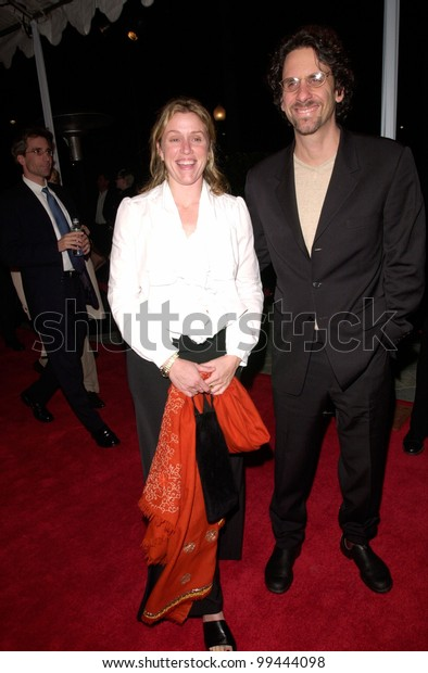 "22FEB2000: Actress FRANCES McDORMAND & husband JOEL COEN at the world premiere, in Hollywood, of McDormand's new movie ""Wonder Boys"" in which she stars with Michael Douglas.  Paul Smith / Featureflash"