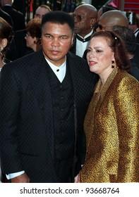 24MAR97:  MUHAMMED ALI & wife at the Academy Awards. Pix: PAUL SMITH
