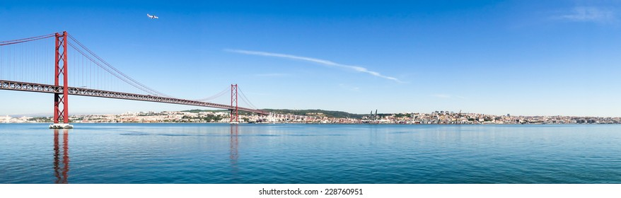 25 de Abril Cable-stayed Bridge over Tagus River, panoramic view