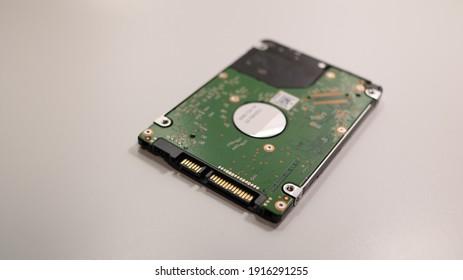 2.5 inch internal hard disk