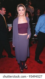 """25FEB99:  Actress TARA REID at the premiere of her new movie """"Cruel Intentions"""" in which she stars with Sarah Michelle Gellar.  Paul Smith / Featureflash"""