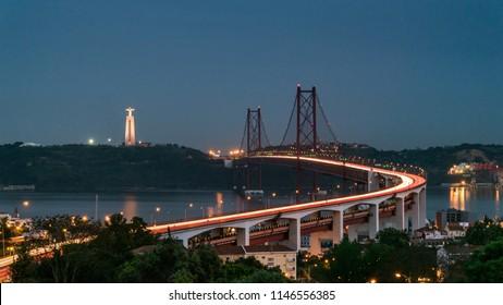 25th April Bridge in Lisbonne at night