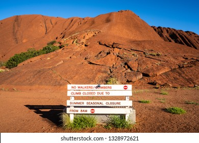 25th December 2018, Uluru NT Australia : No climbers closure sign in front of the Uluru hiking path in NT Australia