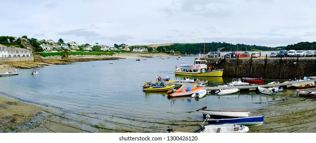 26th July 2017 - St Mawes, Cornwall: Tamar Belle, a St Mawes Ferry boat, arrives in the harbour on a summer afternoon in St Mawes, Roseland Peninsula, Cornwall, UK
