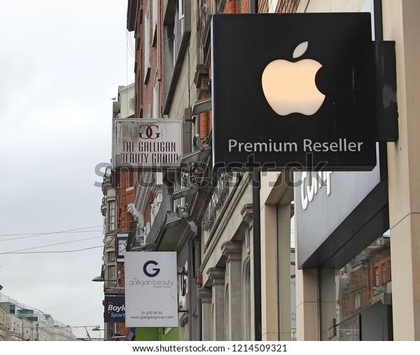 26th October 2018 Dublin Apple Reseller Stock Photo (Edit Now