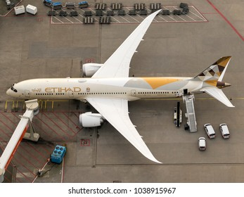 27 January 2018, Amsterdam, Holland. Aerial view at Schiphol Airport of a Etihad Boeing 787 Dreamliner at the gate.