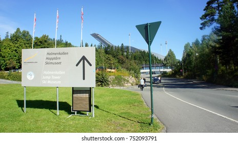 27/08/2013 - Way to the Holmenkollen Ski Museum, Oslo, Norway