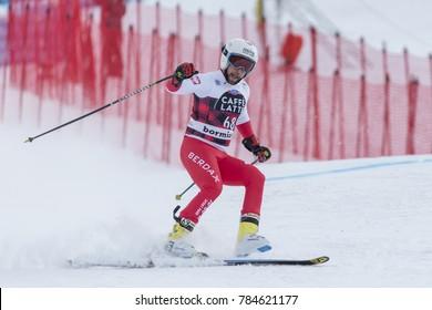 28 December 2017 - Bormio (Italy) - Audi FIS Ski World Cup - Pawel Babicki loses a ski and makes the descent of Bormio on one leg!