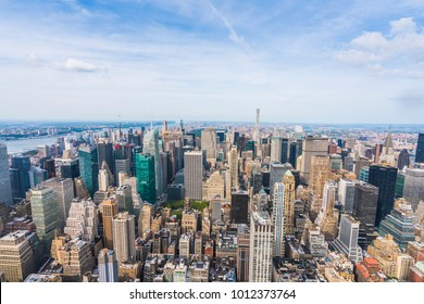 28-08-17,newyork,usa: new york skyscraper on the day