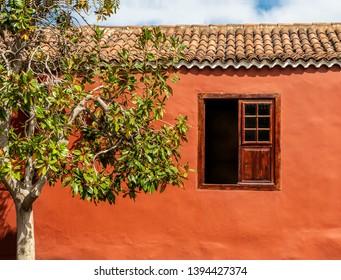 2nd Nov 2017. Tenerife, Spain. Colorful Spanish style house exterior - wine museum, Casa del Vino La Baranda, located in El Sauzal.