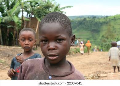 2nd November 2008. Refugees cross from DR Congo into Uganda at the border village of Busanza.