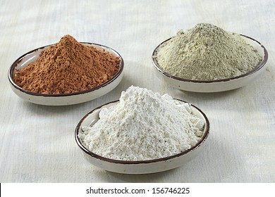3 CLAY, green, white, red