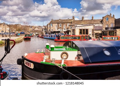 3 May 2016:  Skipton, North Yorkshire, England, UK - Narrowboats on the Leeds and Liverpool Canal.