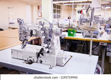 3 Needle coverstitch  Industrial Machine With Cover and Motor