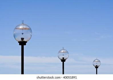 3 solar powered light globes