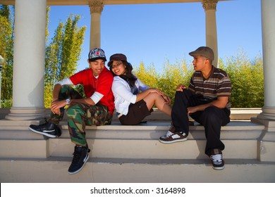 3 teens hanging out