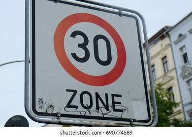 30 km/h speed limit sign