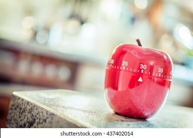 30 Minutes - Red Kitchen Egg Timer In Apple Shape