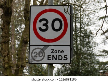 30 mph end of 20 mph speed limit sign