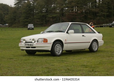 Escort Xr3i Images Stock Photos Vectors Shutterstock