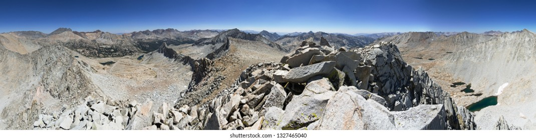 360 degree panorama from near the summit of Staghorn Peak in Kings Canyon National Park in California