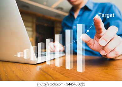 3D bar graph indicate target and goal for business strategy
