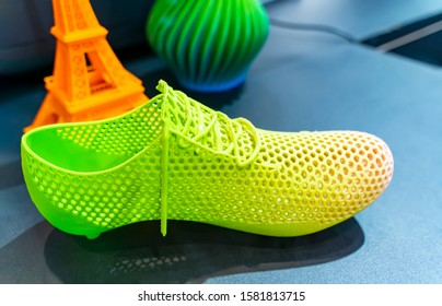3d printed shoe figure close-up